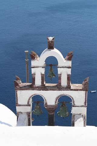 Santorini: Planning the trip of a lifetime with your kids. www.mytravelingkids.com